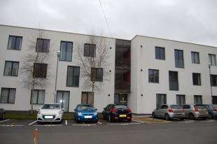 1 Bedroom Flat for sale in Bradwell Court, Godstone Road, Whyteleafe, Surrey