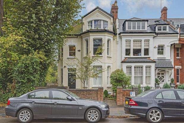 3 Bedrooms Flat for sale in Avenue Road, Highgate, London, N6