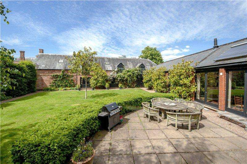 5 Bedrooms Detached House for sale in Wellisford, Wellington, Somerset