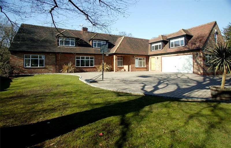 5 Bedrooms Detached House for sale in Howards Thicket, Gerrards Cross, Buckinghamshire