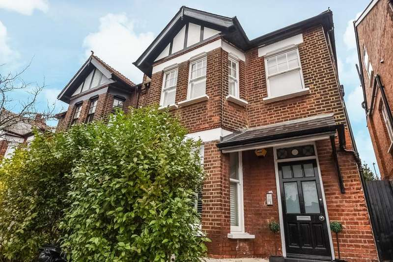 4 Bedrooms Flat for sale in Sarre Road, West Hampstead, NW2