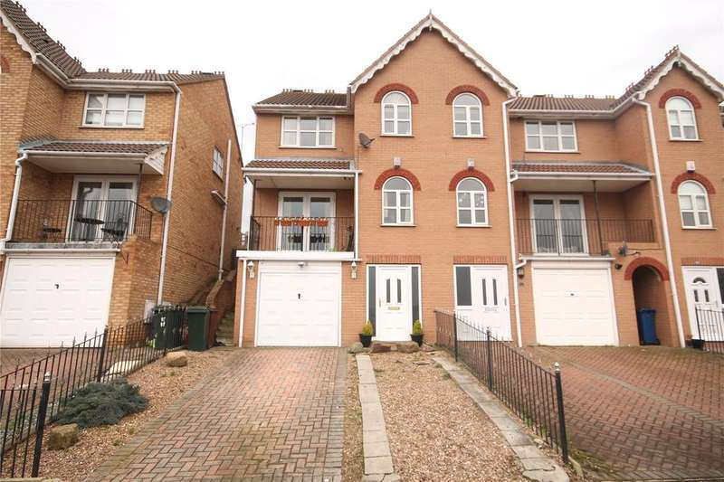 3 Bedrooms Semi Detached House for sale in Doveside Drive, Darfield, Barnsley, South Yorkshire, S73