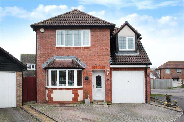 4 Bedrooms Detached House for sale in Mill Road, Angmering, West Sussex, BN16