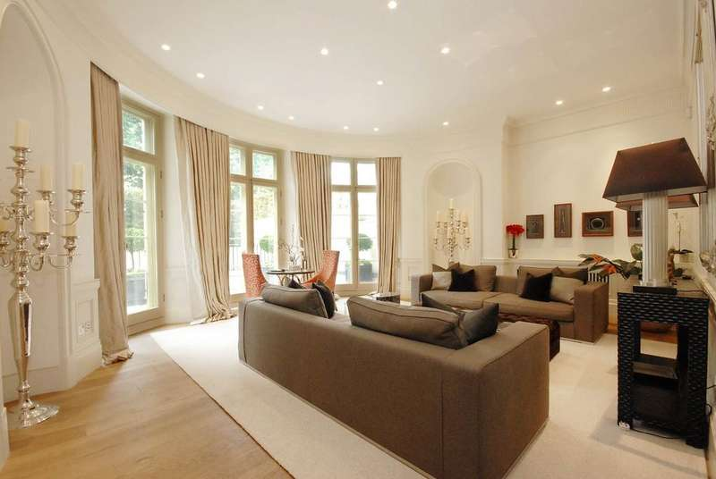 2 Bedrooms Ground Flat for sale in Park Lane, Mayfair, London, W1K