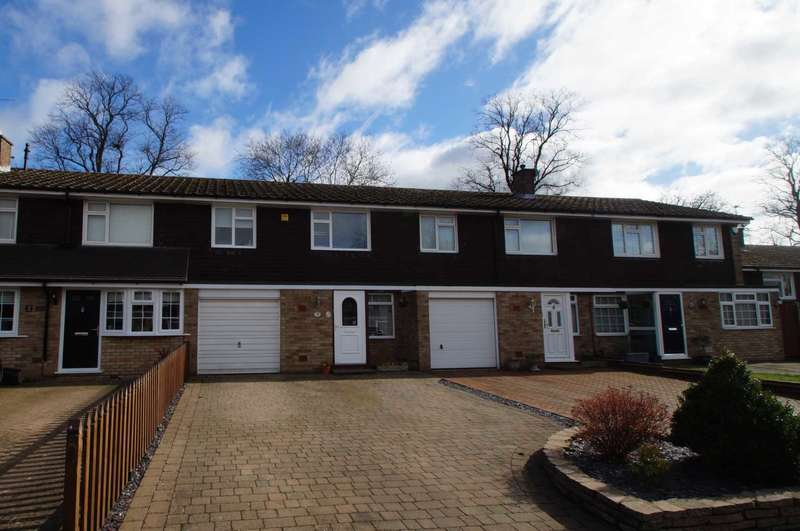 3 Bedrooms Terraced House for sale in Connaught Close, Adeyfield, Hemel Hempstead