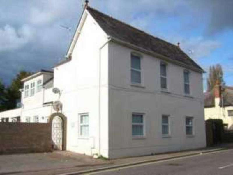 2 Bedrooms Flat for sale in Withycombe Village Road, Exmouth