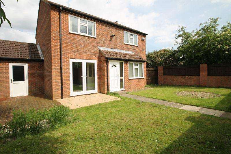 4 Bedrooms Detached House for sale in Beechfield, Coulby Newham, Middlesbrough, TS8 0TY