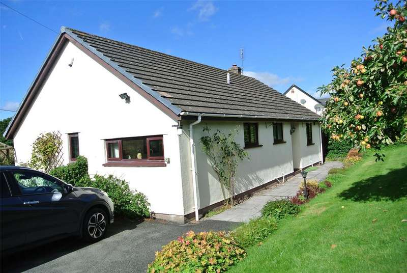 2 Bedrooms Detached Bungalow for sale in Cathedine, Brecon, Powys