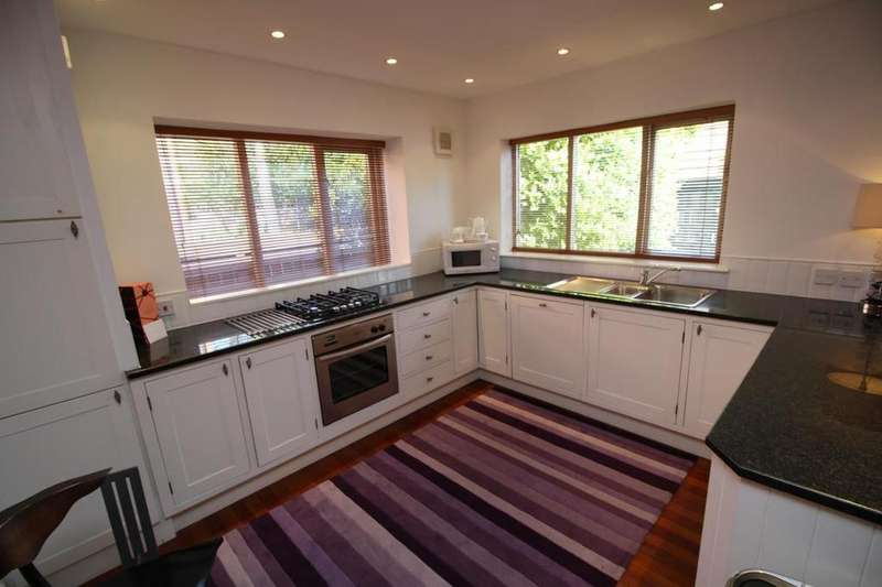 2 Bedrooms Detached Bungalow for rent in North Jesmond Avenue, Newcastle Upon Tyne