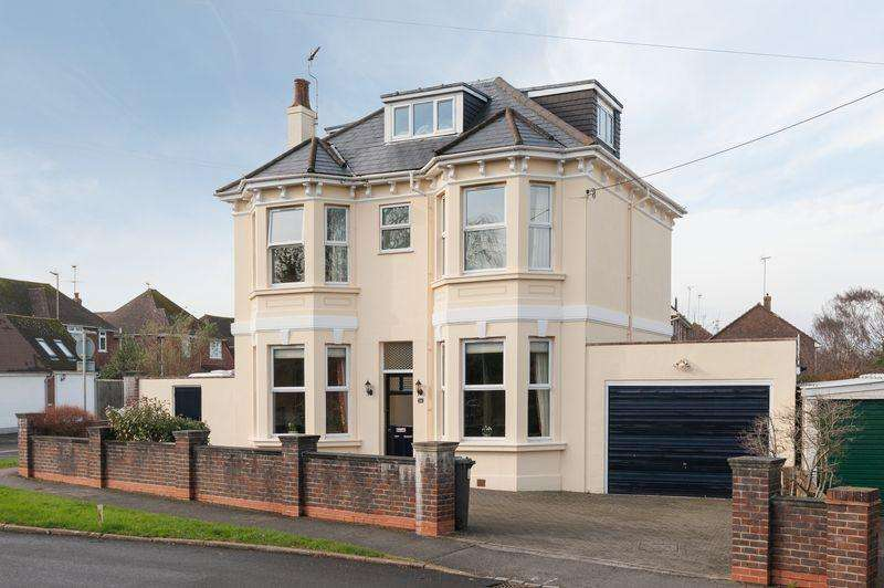 6 Bedrooms Detached House for sale in Lodge Lane, Keymer, West Sussex,