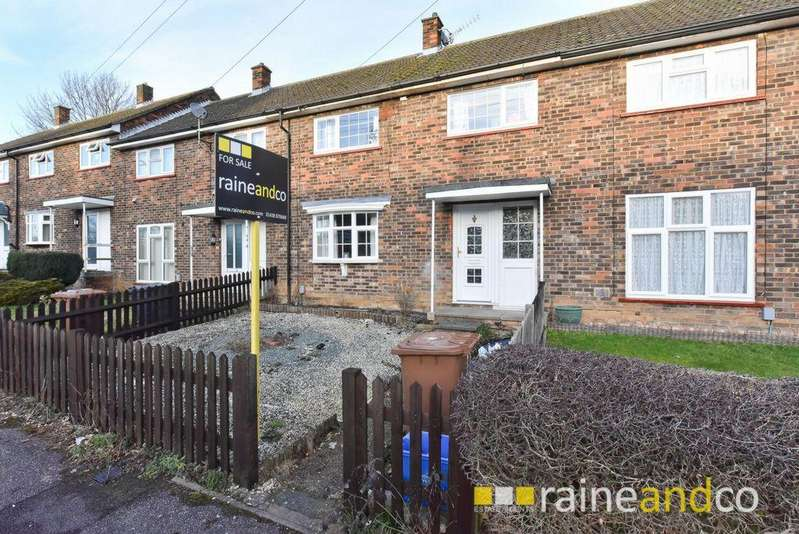 3 Bedrooms Terraced House for sale in Warwick Road, Stevenage, SG2