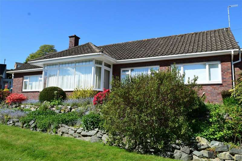 3 Bedrooms Detached Bungalow for sale in Trem Dyffryn, Red Bank, Welshpool, Powys