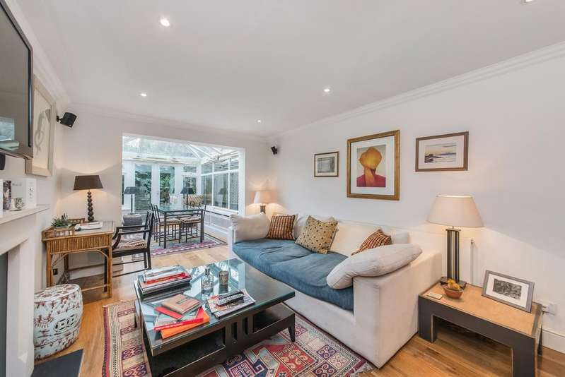3 Bedrooms Terraced House for sale in Iveley Road, SW4