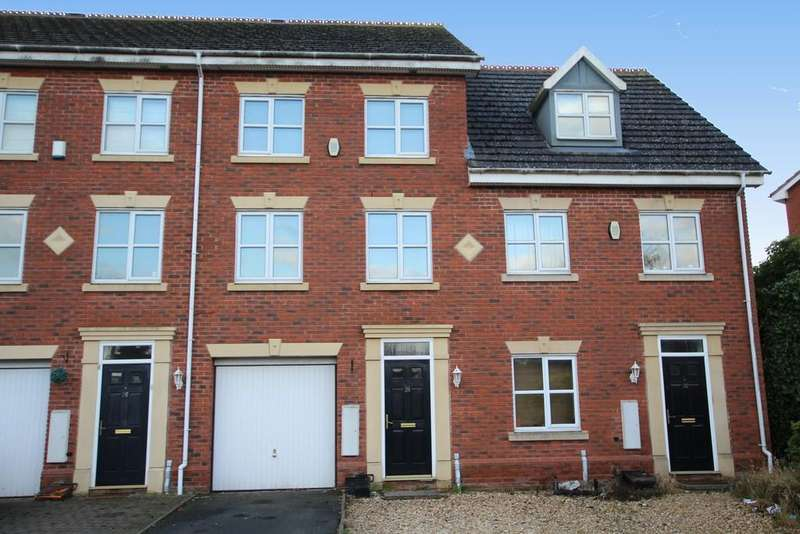 3 Bedrooms Terraced House for sale in Langley Park Way, Sutton Coldfield, B75 7NX