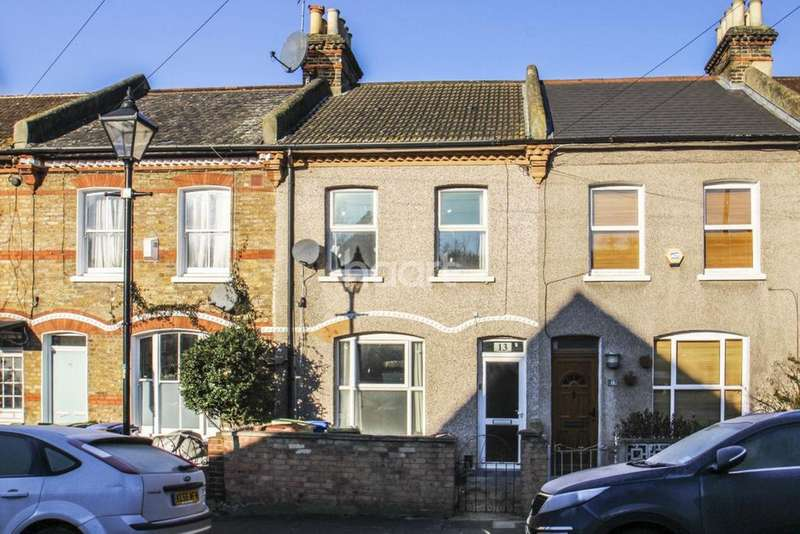 3 Bedrooms Terraced House for sale in Buchan Road, Nunhead, London, SE15