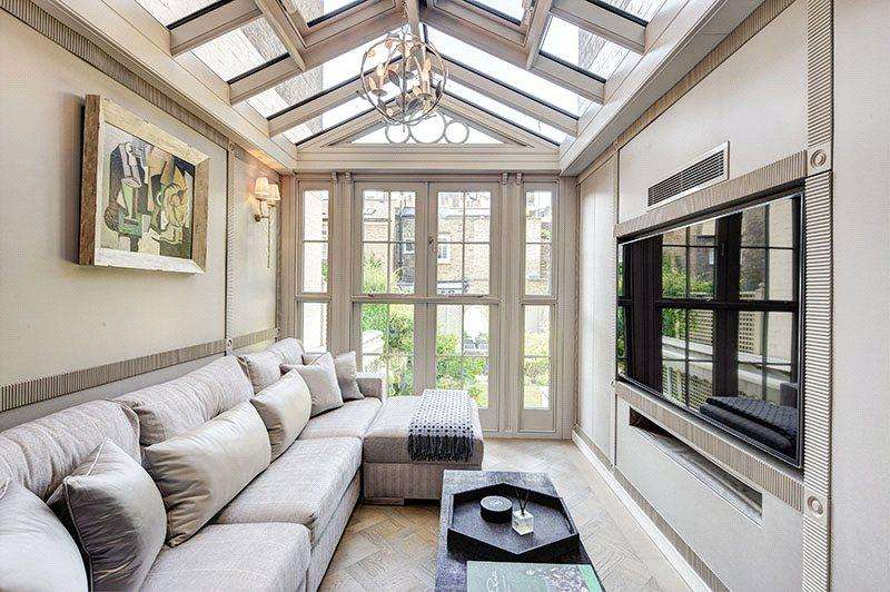 4 Bedrooms Terraced House for sale in Cliveden Place, Belgravia, London, SW1W