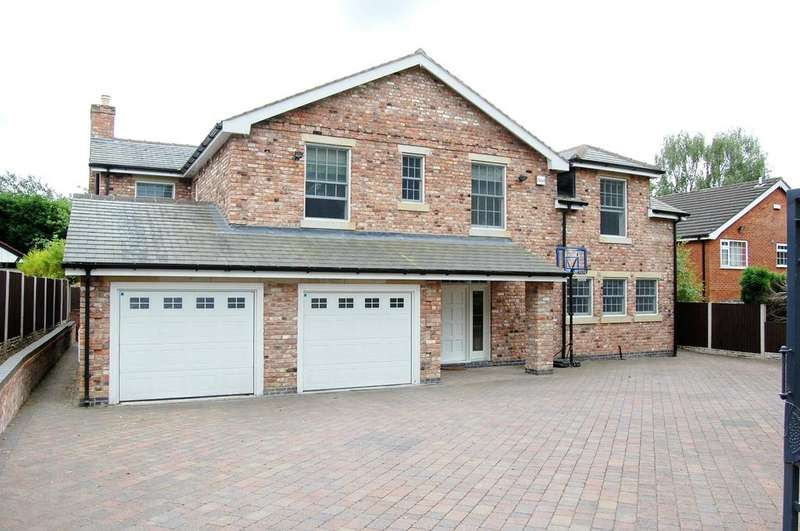 5 Bedrooms Detached House for sale in Arthog Road, Hale