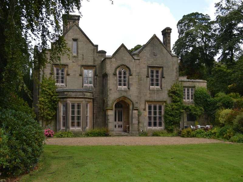 7 Bedrooms House for sale in Bowden Hall, Chapel-en-le-Frith