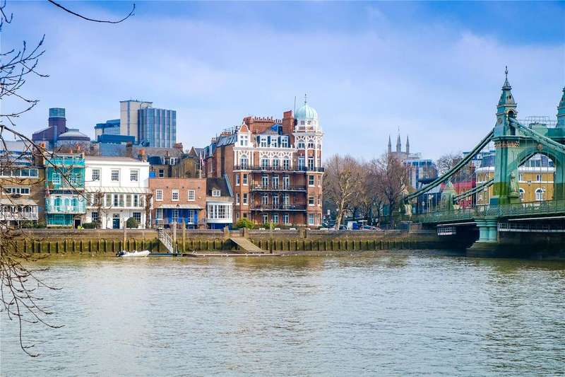 2 Bedrooms Penthouse Flat for sale in Digby Mansions, Hammersmith Bridge Road, Hammersmith, London, W6