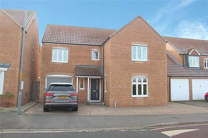4 Bedrooms Detached House for sale in Hillbrook Crescent, Ingleby Barwick