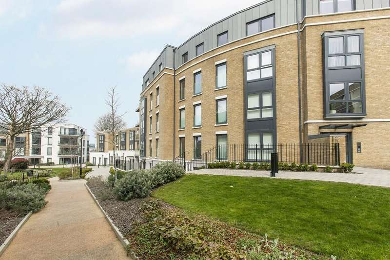 3 Bedrooms Apartment Flat for sale in Osbourne House, Loxford Gardens, N5 1FX