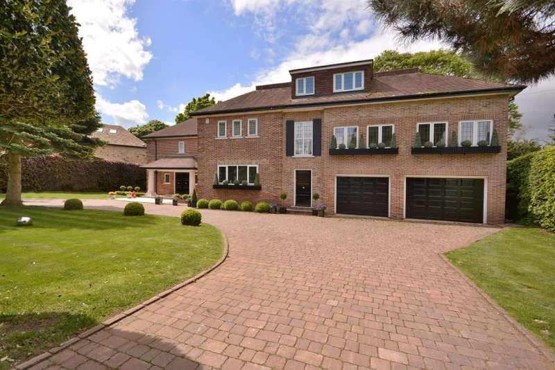 8 Bedrooms Detached House for sale in Sandmoor Drive, Alwoodley, Leeds