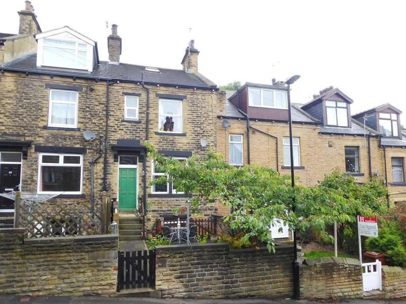 4 Bedrooms Terraced House for sale in Low Bank Street, Farsley, Pudsey, West Yorkshire