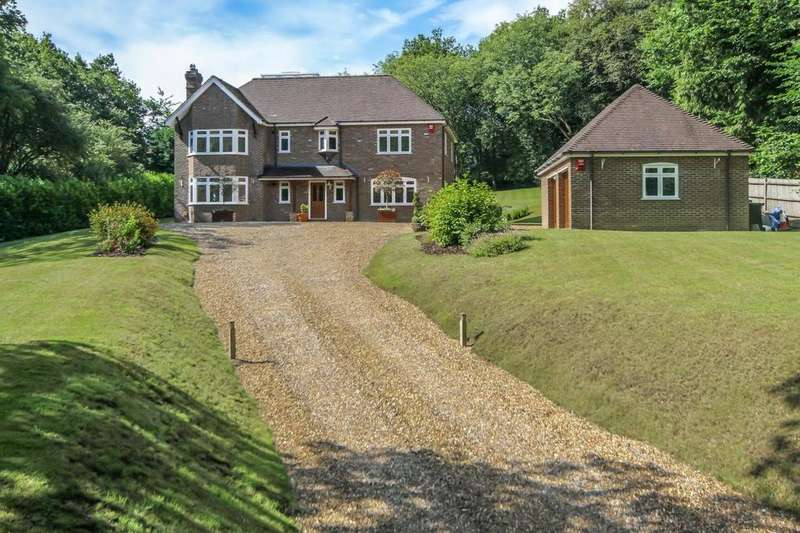 5 Bedrooms Detached House for sale in Buckwood Lane, Studham, Bedfordshire