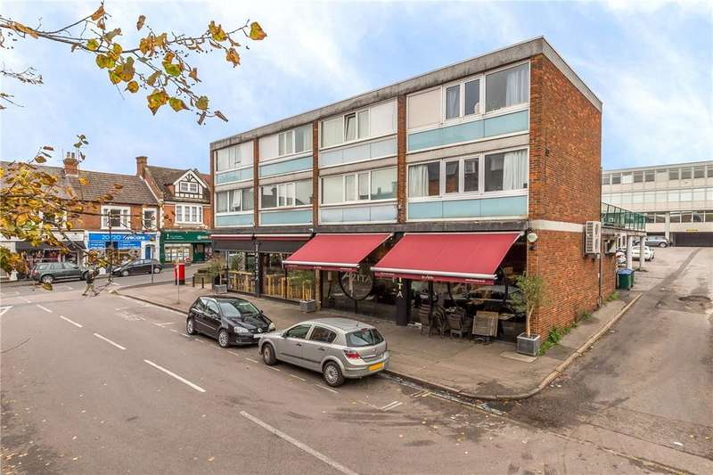 2 Bedrooms Flat for sale in Arden Grove, Harpenden, Hertfordshire