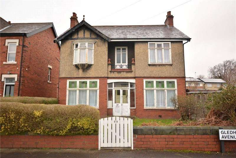 3 Bedrooms Detached House for sale in Gledhow Avenue, Roundhay, Leeds