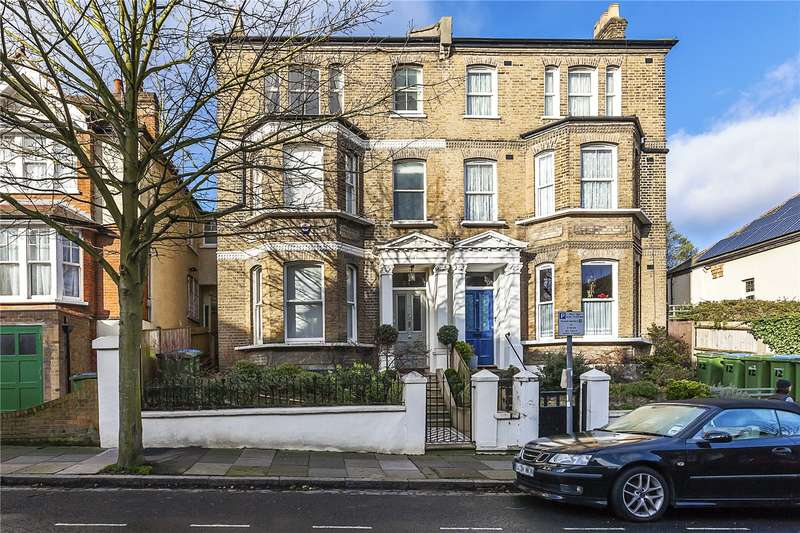 5 Bedrooms Semi Detached House for sale in Mycenae Road, London, SE3