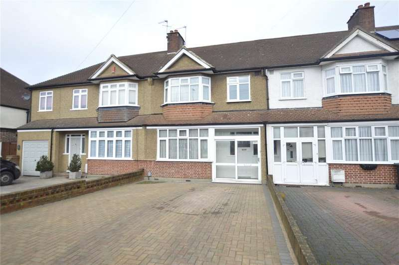 3 Bedrooms Terraced House for sale in Horncastle Road, Lee, London, SE12