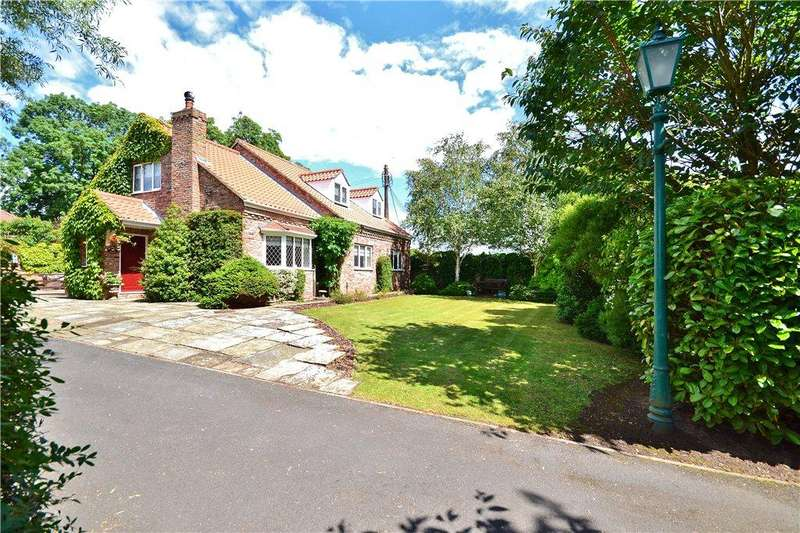 5 Bedrooms Detached Bungalow for sale in Carlton Village, Carlton, Stockton-on-Tees
