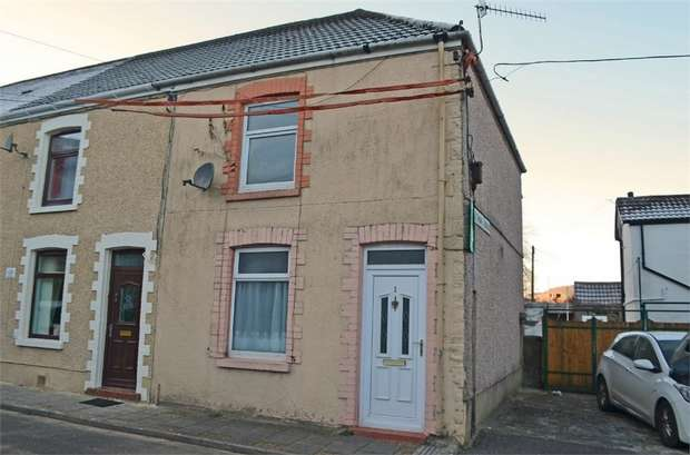 3 Bedrooms End Of Terrace House for sale in Leyshon Terrace, Porth, Mid Glamorgan