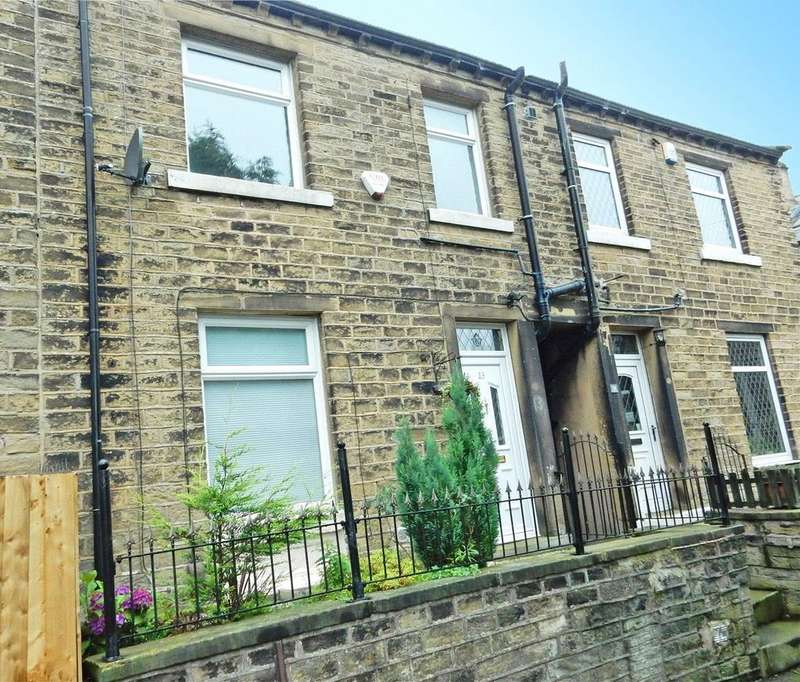 3 Bedrooms Terraced House for sale in Matlock Street, Crosland Moor, Huddersfield, HD4