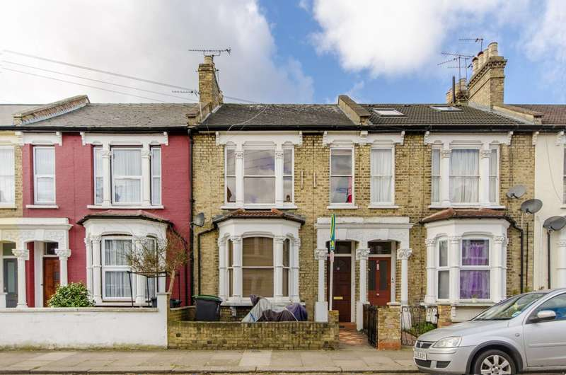 3 Bedrooms House for sale in Parkhurst Road, Bounds Green, N22