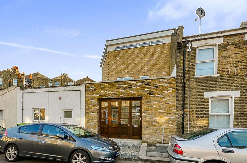 2 Bedrooms House for sale in Braemar Road, Plaistow, E13