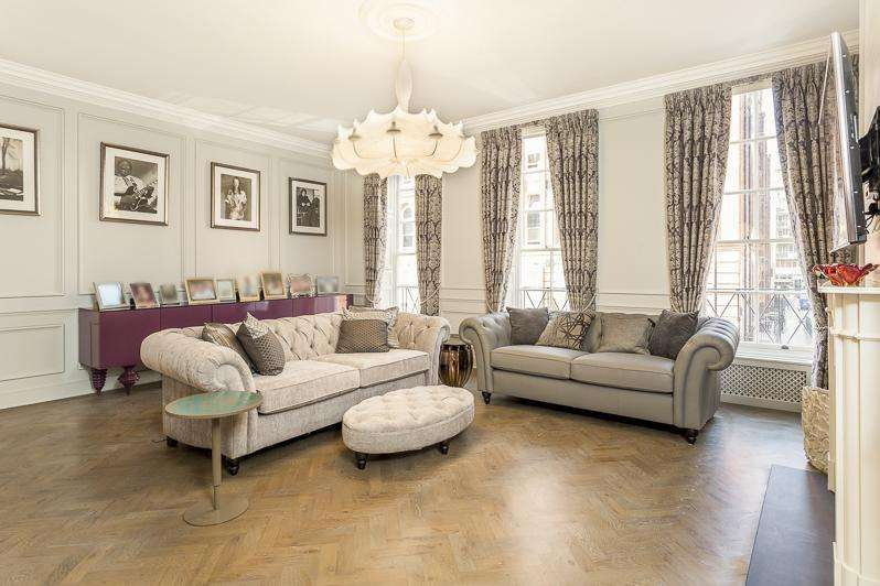 3 Bedrooms Terraced House for sale in Great Ormond Street, Bloomsbury, London, WC1N