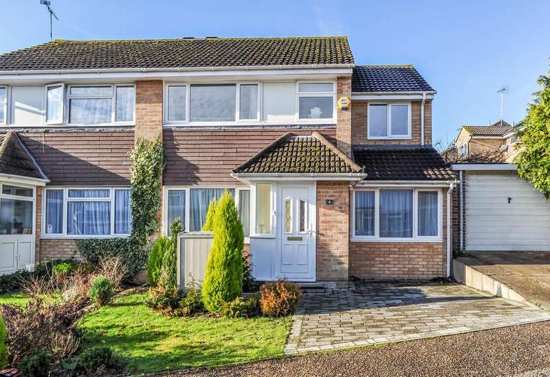 4 Bedrooms Semi Detached House for sale in Rosedale Close, Gossops Green