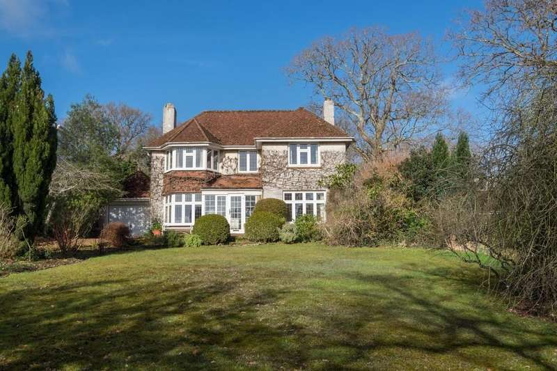 3 Bedrooms Detached House for sale in Wootton Bridge, Isle Of Wight