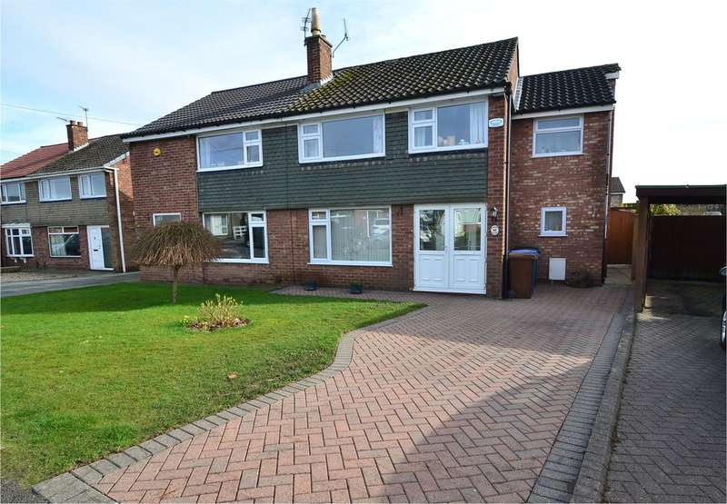 4 Bedrooms Semi Detached House for sale in Lyndhurst Avenue, Hazel Grove, Stockport SK7 5PN