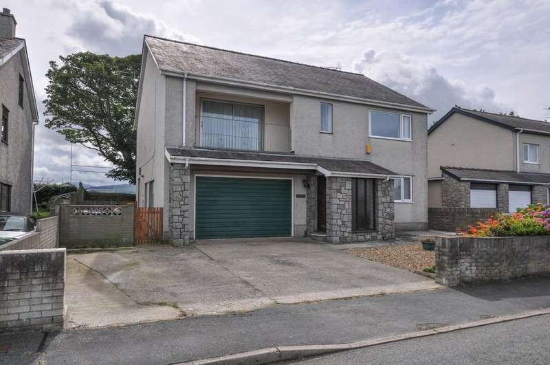 4 Bedrooms Detached House for sale in Cae Gwyn, Caernarfon, North Wales