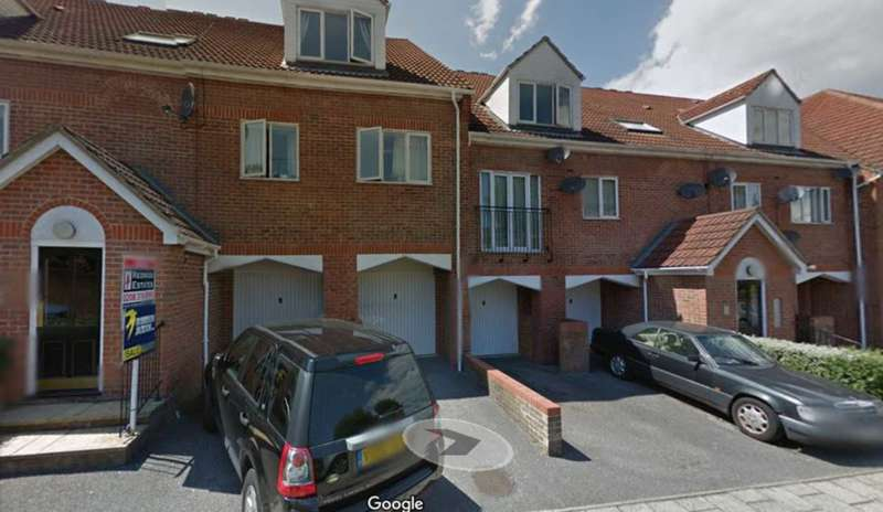 1 Bedroom Apartment Flat for sale in London