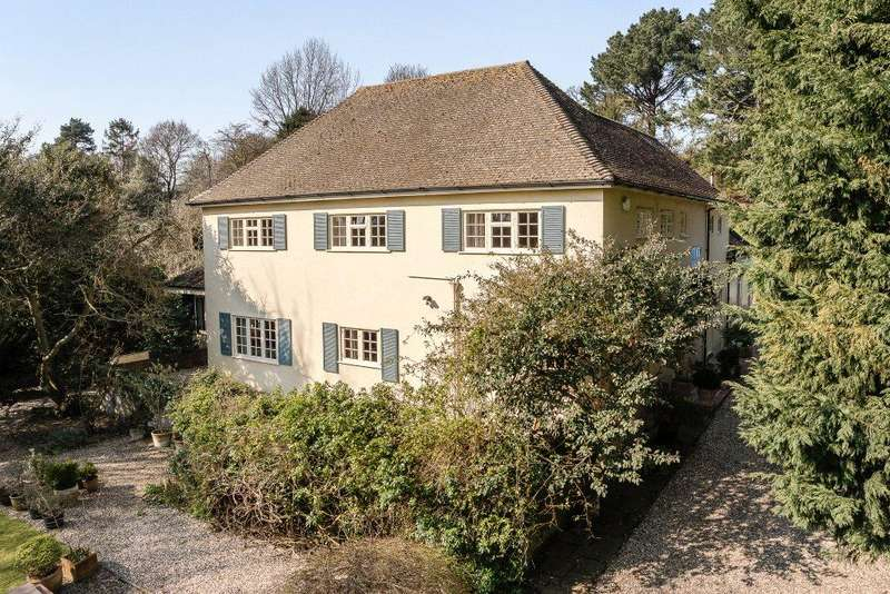 4 Bedrooms Detached House for sale in Stoke Road, Nayland, Colchester, Suffolk, CO6