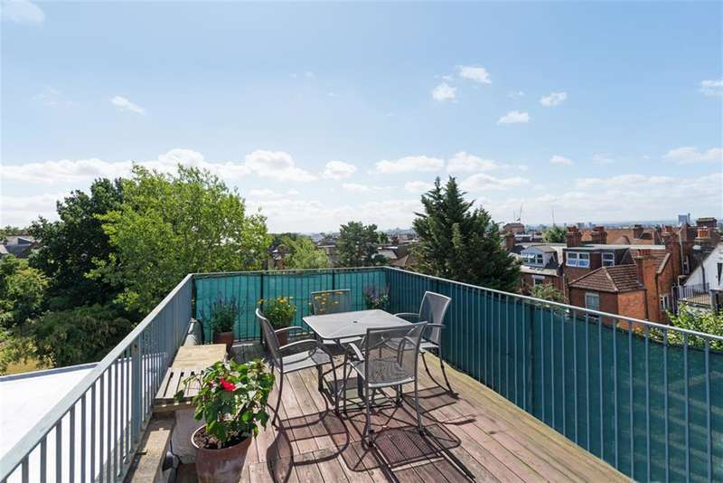 3 Bedrooms Apartment Flat for sale in Burrard Road, West Hampstead, London, NW6 1DB