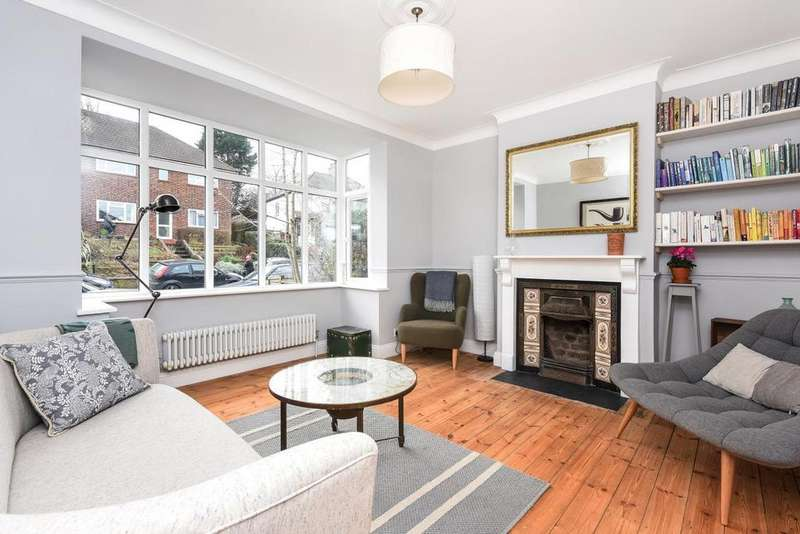 4 Bedrooms Terraced House for sale in Cliffview Road, Lewisham, SE13