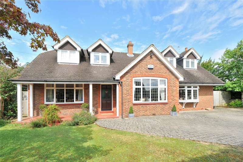 4 Bedrooms Detached House for sale in Hadlow Road, Tonbridge, Kent, TN10
