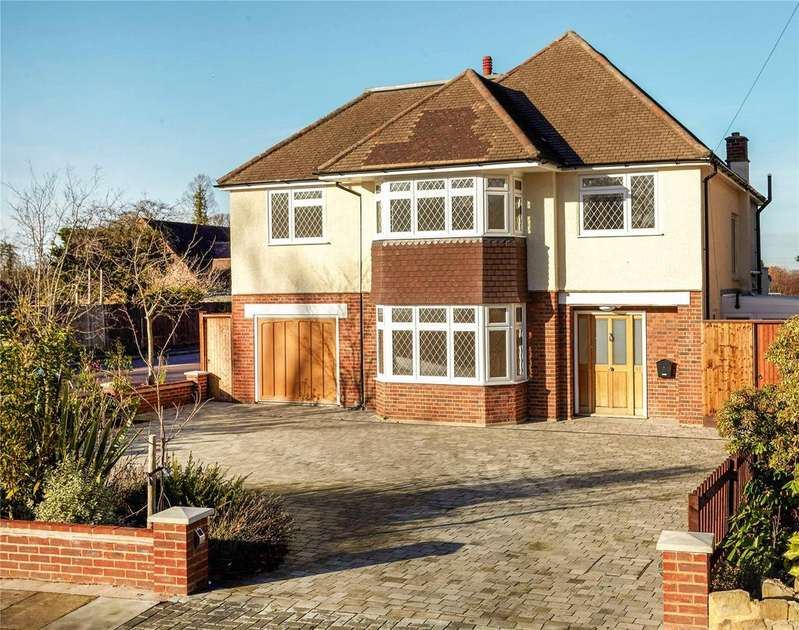 5 Bedrooms Detached House for sale in Bushey Way, Park Langley, Beckenham, Kent, BR3