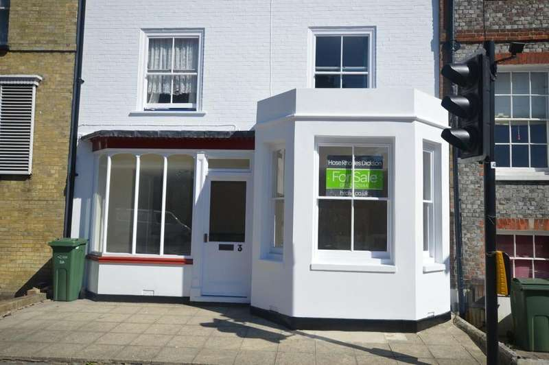 2 Bedrooms Ground Flat for sale in Castle Road, Newport