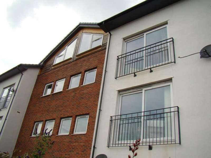 1 Bedroom Flat for sale in Appletree Court, Gateshead